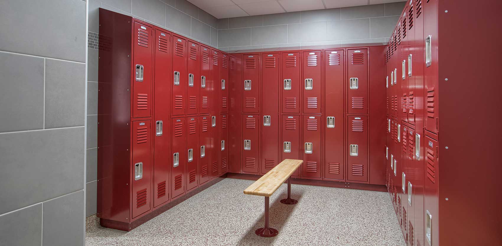 Council_Bluffs_Army Reserve Center Locker Room